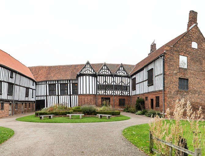 Gainsborough Old Hall (6).jpg